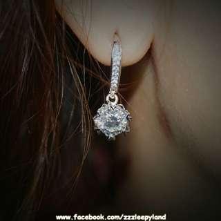 實物拍攝  超閃十心十箭1卡高炭鑽925純銀6層包金桃花6爪耳環