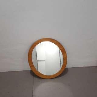 Mirror oval shape height around 18 inch