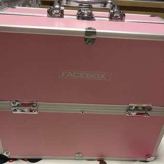Make up storage 3 tier box / case