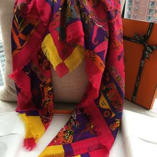 Hermes fringed scarf in 65%cashmere & 35%silk, 90 x 90cm.