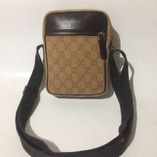 Gucci Authentic Second