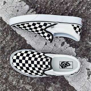 Vans off the wall slip on