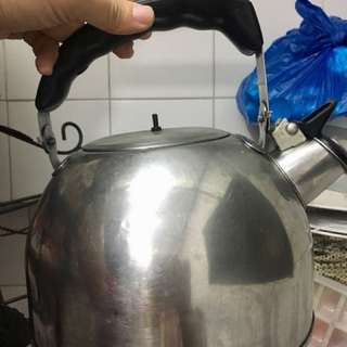Stainless Whistling Kettle