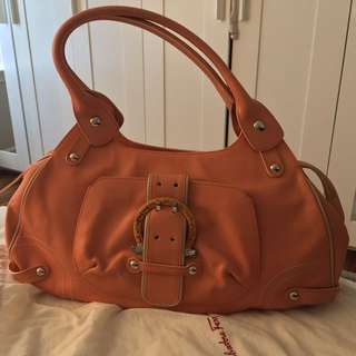 Ferragamo Bag - Peach/Coral