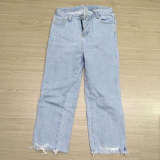 🚚 高腰水洗牛仔褲