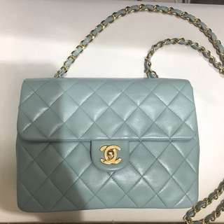 Chanel vintage tiffany Blue classic