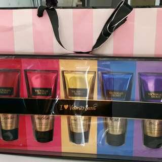 1 set Victoria Secret Lotion Authentic