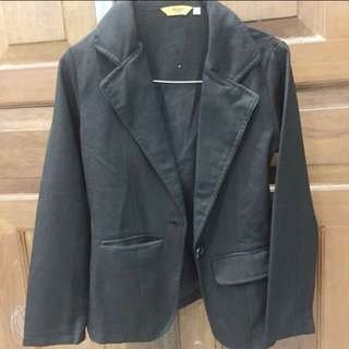 Re-price blazer hitam size s