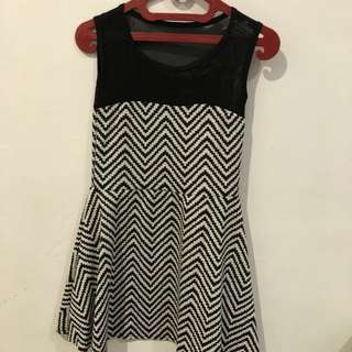 ZIGZAG DRESS (used once)