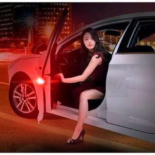 汽車車門警示燈 防撞燈 LED爆閃燈免接線 改裝安全開門感應燈 一對260送兩顆電池