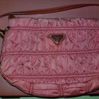 (100%正貨) Prada 粉紅色上肩小手袋  Prada pink Shoulder bag