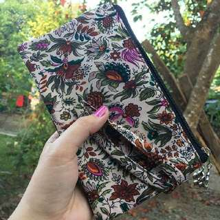 Cose Pouch Wallet