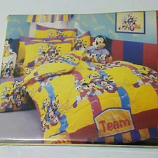 Authentic Mickey Mouse Twin Flat Sheet Set
