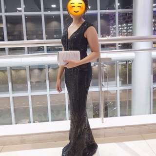 FOR RENT: Pre-loved Black Long Gown
