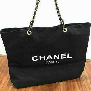 Chanel Chain Canvas Totebag VIP