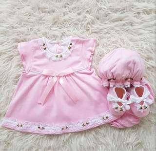 Baby Set 4 in 1 (Baju, Celana, Sepatu & Topi)
