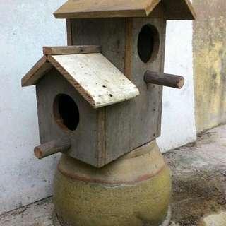 Rumah Burung Rustik