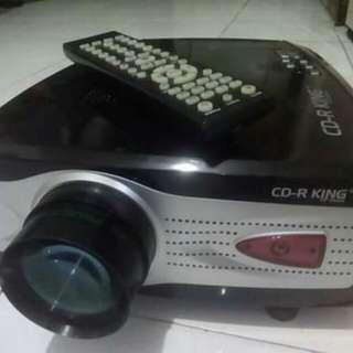 V66 LCD Prpjector