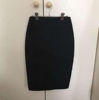 Forever New black skirt size 6
