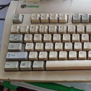 Legacy Gateway keyboard