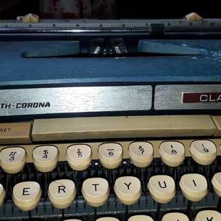 vintage type writer scm Smith corona classic 12