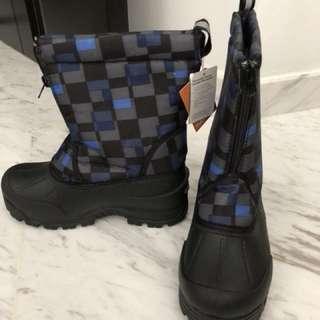 Kids boots - waterproof snow BNIB