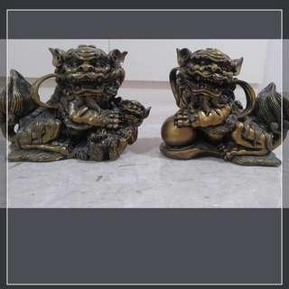 Antiques 1 pair