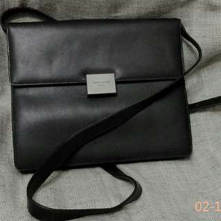 Pierre Cardin Paris Vintage Leather  Bag斜揹侧揹2用皮袋