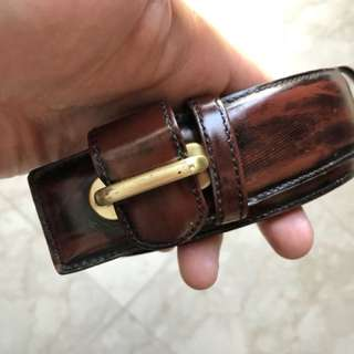 Oliver and Co belt size 30 to 33