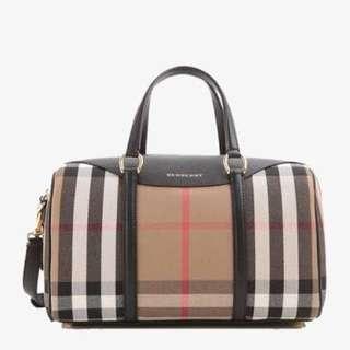 ❗️❗️SALE ❗️❗️Burberry Classic Bag ( Class A )