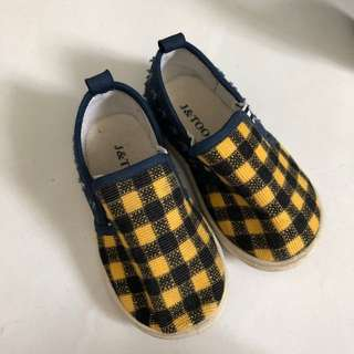 Peloved boy's shoes
