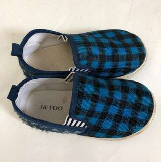 Preloved boy's shoes