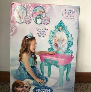 Frozen Crystal Kingdom Vanity Kit