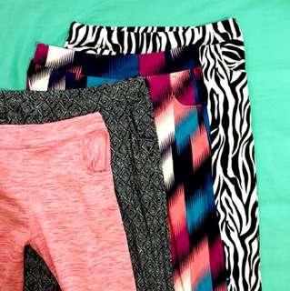 Printed leggings with pocket