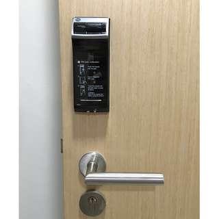 Yale YDR4110 Premium Biometric Fingerprint/ Keypad Digital Door Lock~