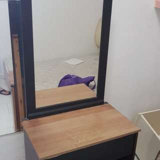 Used dressing table for sale
