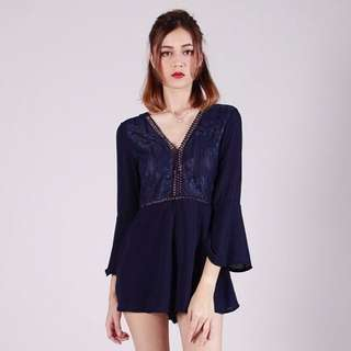 FAIRLADY LACE PLAYSUIT (NAVY)