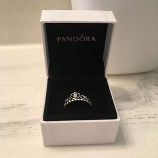 Pandora princess ring size 7
