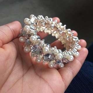 Silver diamond and pearl bracelet