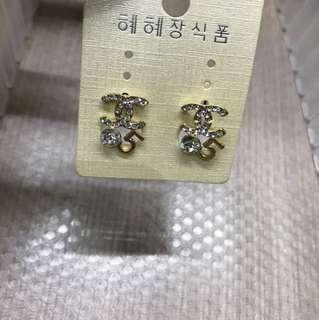 Chanel inspire earring