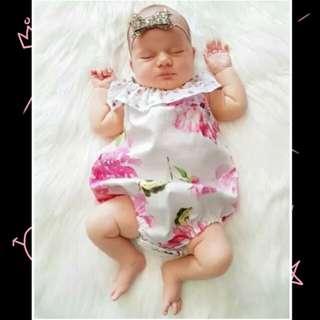 Baby Girl Sleeveless Floral Romper 🍀