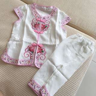 Chinese transitional clothes