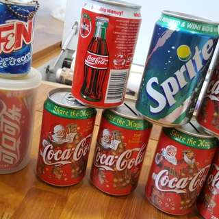 Coca Cola collectibles / Vintage - cans/bottles etc