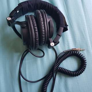Audio Technica ATH-M50 with box and extra earpad