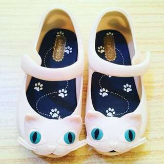 Authentic Mini Melissa Cat (white)