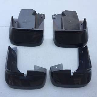 Black mud-guards for Honda Civic