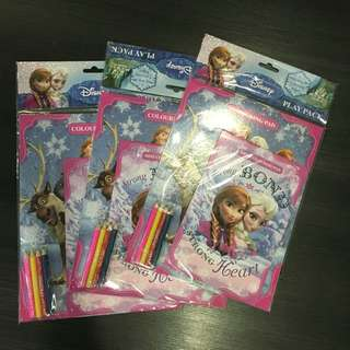 Disney Frozen colouring play pack