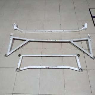 2009 FIAT BRAVO 1.4M T-JET Strut Bars