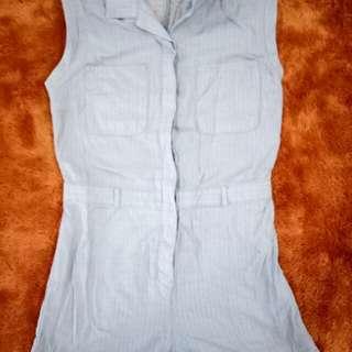 Jumpsuit pendek warna Biru Muda