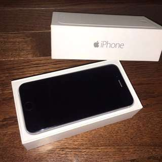 Space gray iPhone 6 with box